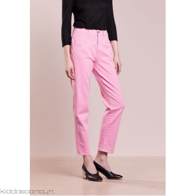 CLOSED PEDAL PUSHER - Relaxed fit jeans - flamingo pink - Womens Loose Fit Jeans CL321N00S-J11