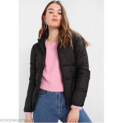 Miss Selfridge LIGHTWEIGHT PUFFER - Light jacket - blush - Womens Lightweight Jackets MF921U00W-J11
