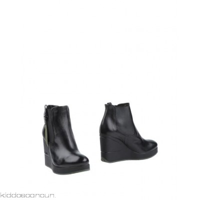FABI Ankle boot - nappa leather logo solid colour elasticised gores round toeline wedge heel - Womens Chelsea Boots 11305582PL